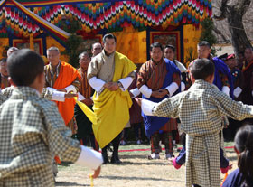 The children dancing for the king of Bhutan
